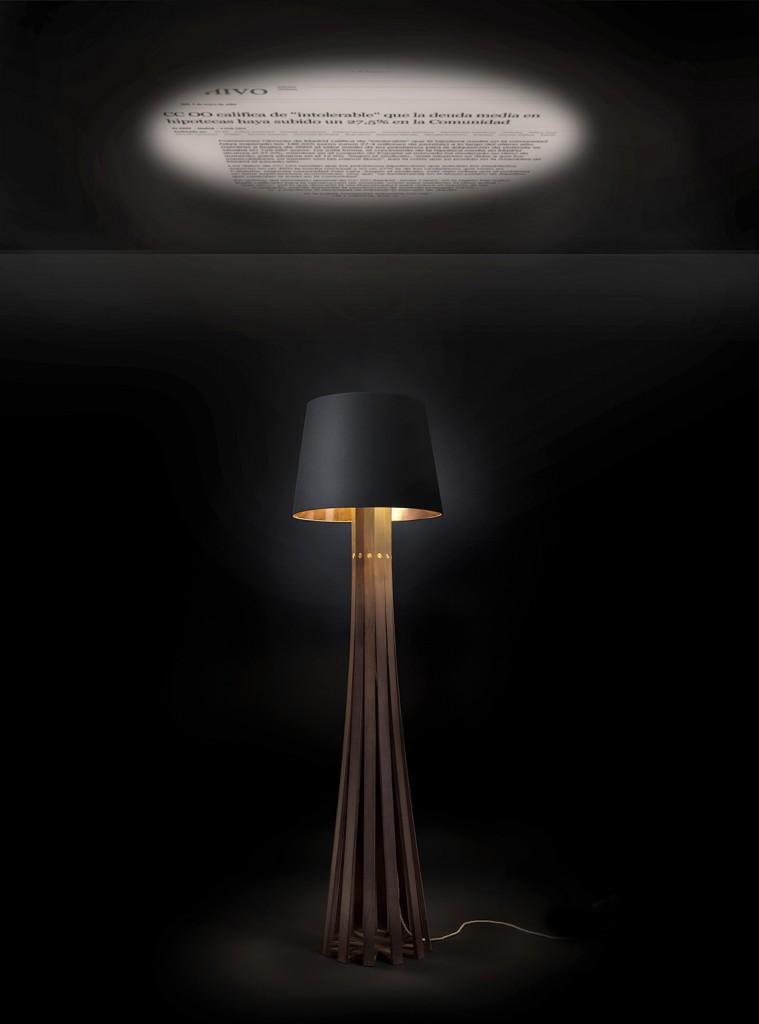 Living-room Lamp // Videoproyección, lámpara // 135x49cm